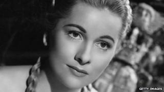 Joan Fontaine. Photo: 1952