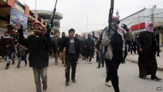 Sunni fighters in Fallujah, 4 January