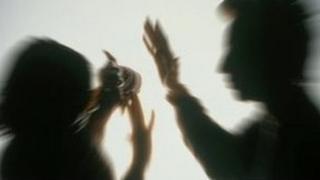 Man hitting a woman - reconstruction