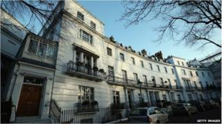 Egerton Crescent in borough of Kensington and Chelsea - average prices are £5m here