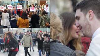 London Eye flashmob