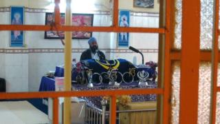 Image of inside Trilokpuri gurdwara taken by the BBC's Andrew North