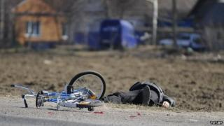 Belarus police leave a fake dead cyclist on the road