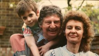 Jimmy Ellis with his wife Robina and their son Toto