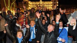 French conservatives celebrating result in Marseille, 30 Mar 14