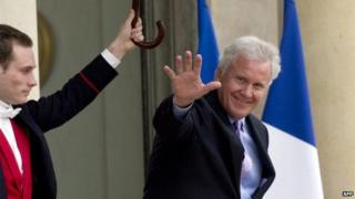 General Electric CEO Jeff Immelt leaves the Elysee palace in Paris