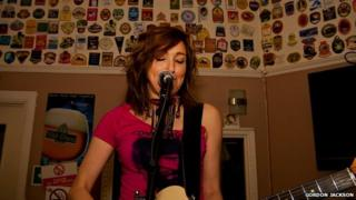 Viv Albertine at The New Oxford