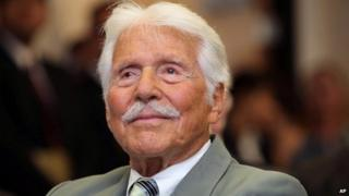 Efrem Zimbalist Jr in 2009