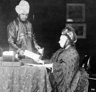 Queen Victoria with Mohammed Abdul Karim at Balmoral around 1890