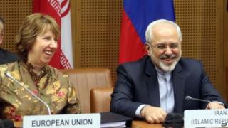 EU foreign policy chief Catherine Ashton and Iranian Foreign Minister Mohammad Javad Zarif in Vienna (14 May 2014)
