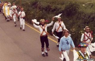 Morris men doing the Gate to Southwell in 1981