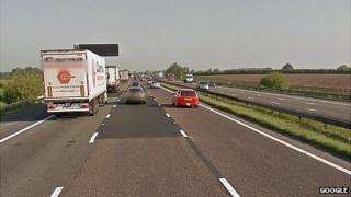 M6 between J17 and J18