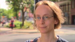 Dr Sandra van Schaeybroeck