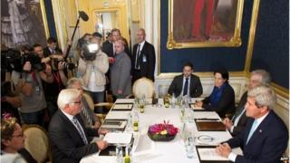 Delegates at Iran nuclear talks (13/07/14)