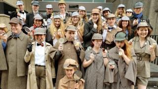 People dressed as Sherlock Holmes