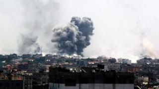 Israeli air strikes in Rafah, Gaza, on 1 August 2014