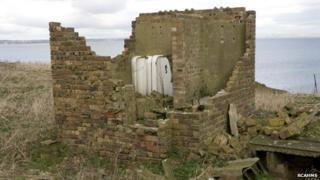 Toilet block at Inchkeith