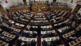 Lawmakers vote in the Greek Parliament in Athens during the second round of a three-stage presidential election (23 December 2014)