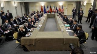 Representatives of the P5+1 and Iran attend nuclear talks in Lausanne, Switzerland (30 March 2015)