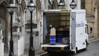 Removal company outside Westminster