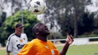Burundian President Pierre Nkurunziza doing a header in Ivory Coast - 2007