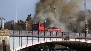 The scene immediately after the explosion on Lambeth Bridge on Sunday