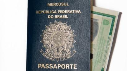 Passaporte e identidade