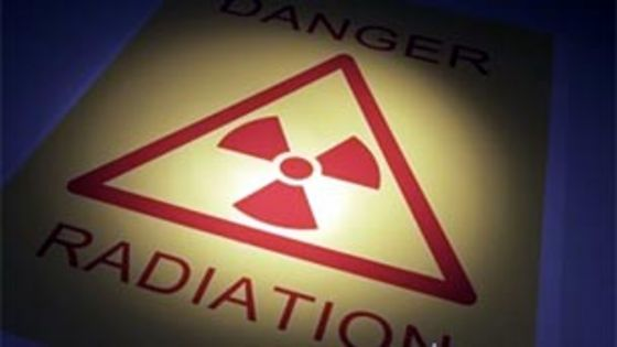 Can radiation poisoning increase through the food chain like lead poisoning?