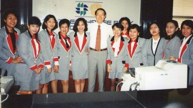 Shandra and her colleagues at the Indonesian bank