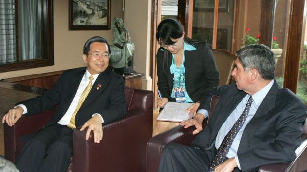 陈水扁出访哥斯达黎加与总统奥斯卡‧阿里亚斯‧桑切斯会面