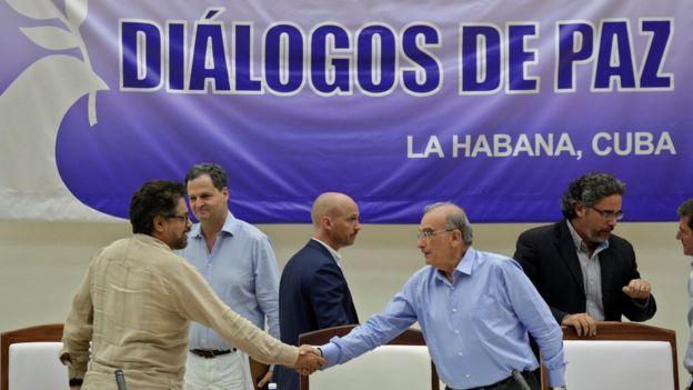 Grupos negociadores del gobierno colombiano y las FARC en La Habana, Cuba