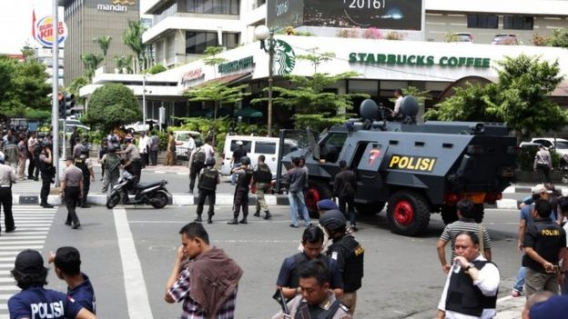 Armoured police vehicles on the streets of Jakarta (14 Jan 2016)