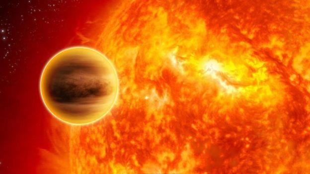 O 51 Peg b foi o primeiro exoplaneta descoberto na órbita de uma estrela
