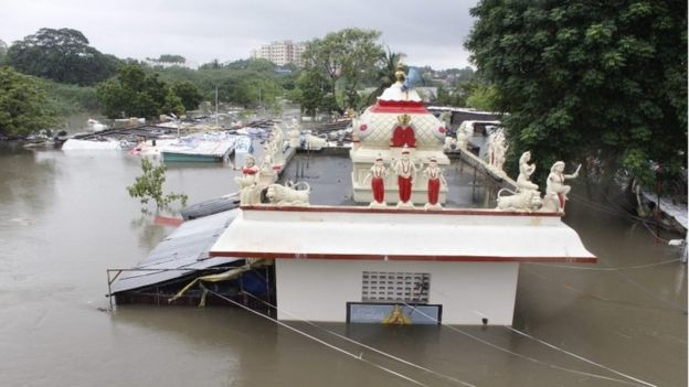 A temple is submerged in flood waters in Chennai, India, 02 December 2015.