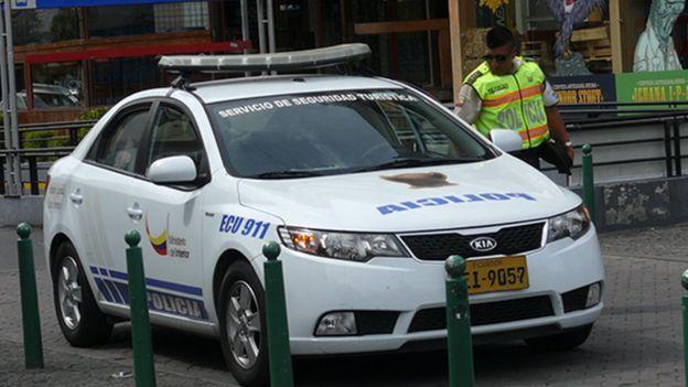 Policía ecuatoriana en La mariscal