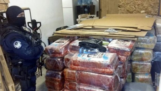 86280886 c396e7f2 af98 4639 8549 6fb63a884902 - Mexican  Police  Find  Tijuana - San  Diego  Drugs  Tunnel