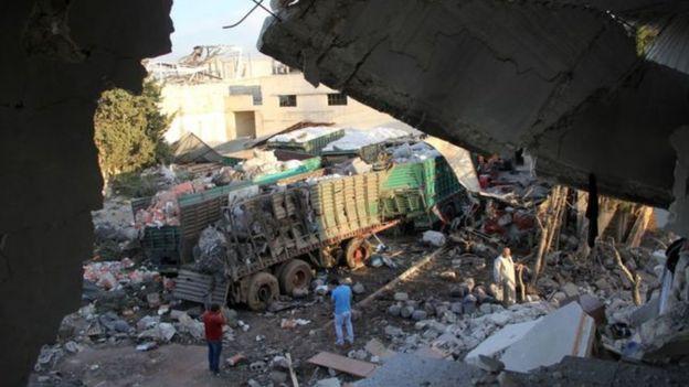 Convoy de ayuda destruido