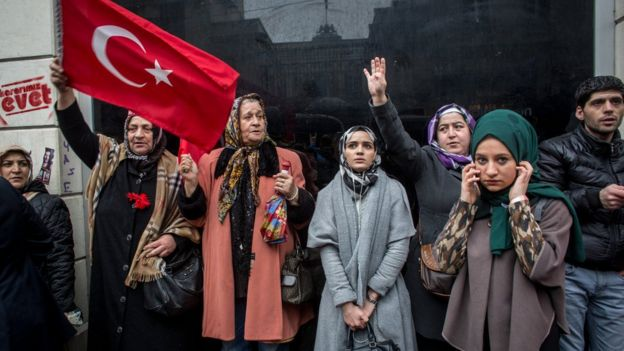 محتجون أتراك