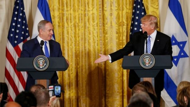 Benjamin Netanyahu (left) and Donald Trump (15/02/17)