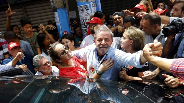 Lula at a campaign rally for President Dilma Rousseff in October 2014