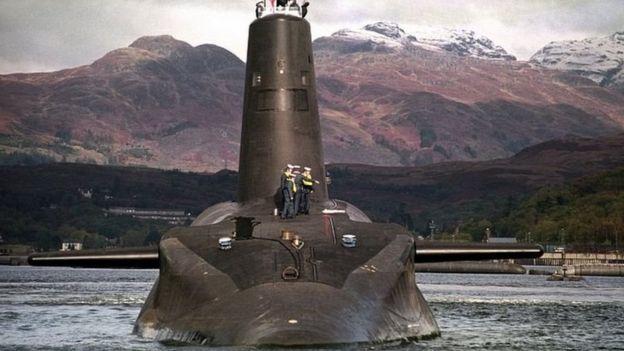 三叉戟核潛艇