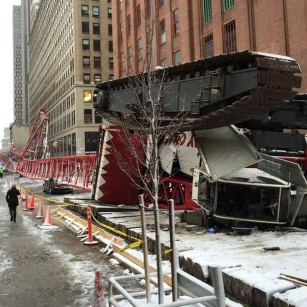 Crane collapsed in New York