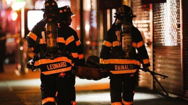 Personal del cuerpo de bomberos de Nueva York.