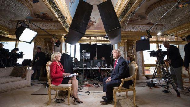 Entrevista de Lesley Stahl a Donald Trump en su casa.