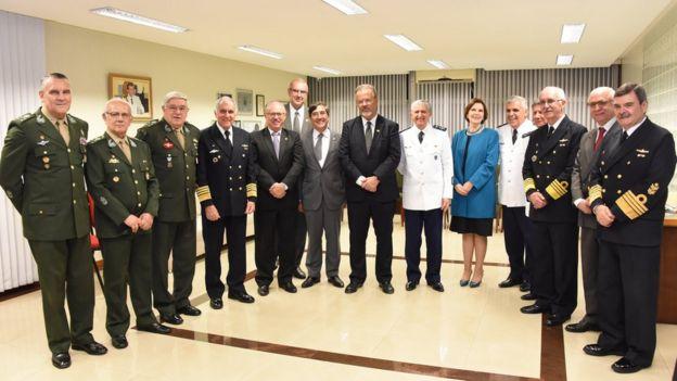 Ministro da Defesa, Raul Jungman, com ministros do STM