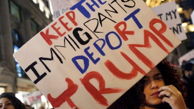 ترامب: ثلاثة ملايين مهاجر غير شرعي يجب ترحليهم أو سجنهم