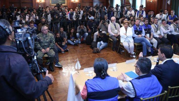 Conferencia de prensa del CNE