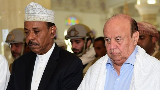 Aden Governor Jaafar Mohammed Saad (left|) with Yemeni President Abdrabbuh Mansour Hadi (right)