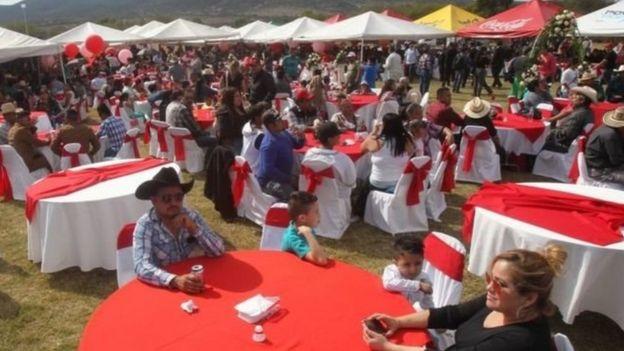 Plus d'un million de personnes avaient confirmé sur internet leur participation à la fête des 15 ans de Rubi Ibarra.