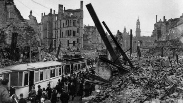 La devastación de la ciudad de Dresde, en marzo 1946